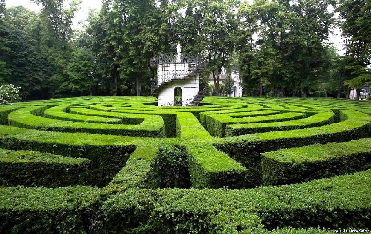 גן המבוכה פאדווה אטליה
